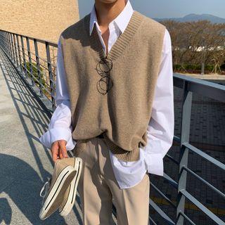 MRCYC - V-Neck Sweater Vest