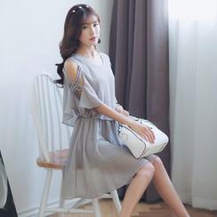 Deedlit - 假兩件短袖露肩圓領純色修身連衣裙