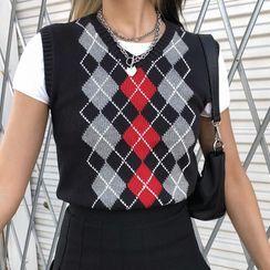 Puffie - Argyle Knit Vest