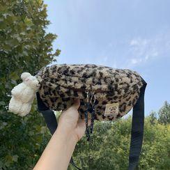 kissogram - Leopard Print Fluffy Belt Bag