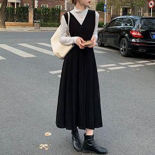 Dute - Midi A-Line Pleated Pinafore Dress