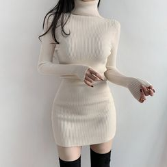 Genrovia - 高領長袖羅紋塑身連衣裙