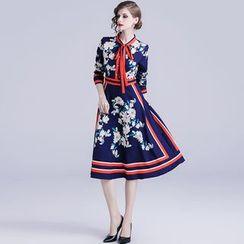 Justina - Flower Print Elbow-Sleeve A-Line Dress