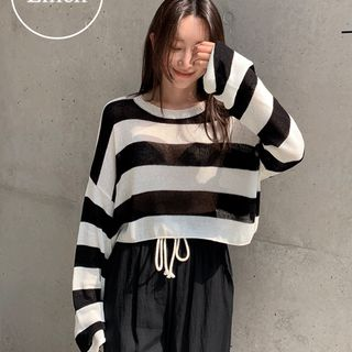 UPTOWNHOLIC - Round-Neck Cropped Knit Top (2 Designs)