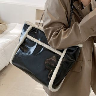 Road to Love - Chain Fleece Trim Tote Bag