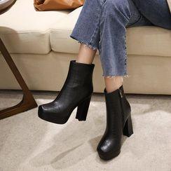 錦洋鞋業 - 粗跟厚底及踝靴
