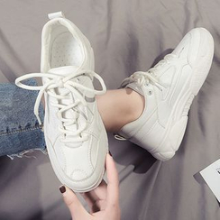 Yuki Yoru - Lace Up Sneakers