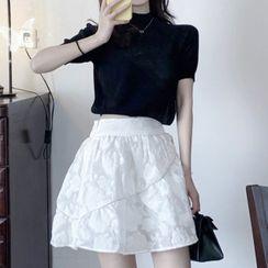 Apotheosis - Set: Short-Sleeve Cropped T-Shirt + Mini A-Line Skirt