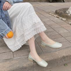 Queen Zoo(クイーンズー) - Square-Toe Block Heel Pumps