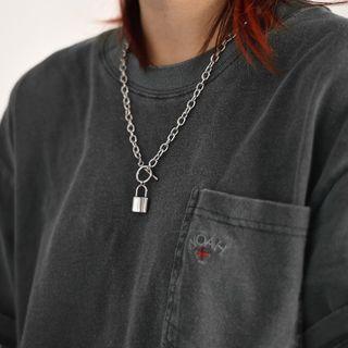 Juanitro - 锁头吊坠项链