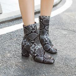 锦洋鞋业 - 蛇纹仿皮粗跟短筒靴