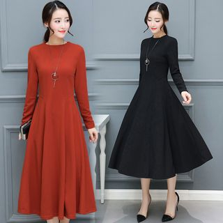 Sienne - Long-Sleeve Plain Midi A-Line Dress