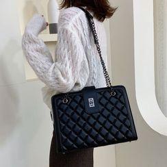 Emvee(エンヴィー) - Quilted Crossbody Bag