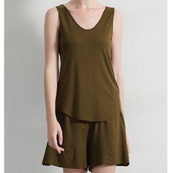 Anbeitin - 纯色背心 / 休閒短裤 / 套装