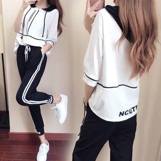 Lumierii - 套裝: 中袖連帽字母T裇 + 條紋運動褲