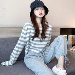 Westside Story - 套裝: 長袖條紋短款T裇 + 運動褲