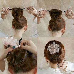 Jemai - Flower Hair Bun Maker