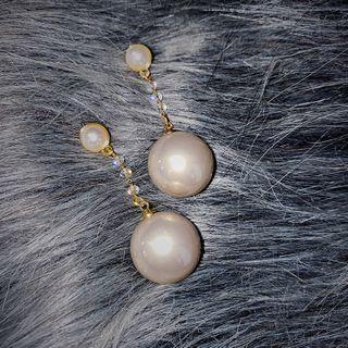 Pop Lop - Faux Pearl Dangle Earring