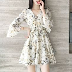 Queen Bee - Elbow-Sleeve Floral Chiffon Dress