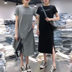 Frigga - Short-Sleeve Lettering Midi T-Shirt Dress