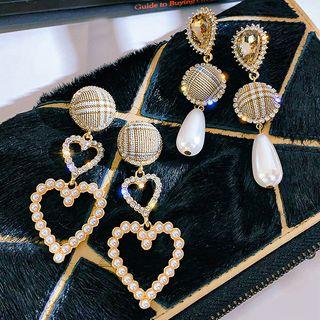Catalunya - Plaid Button Faux Pearl / Heart Dangle Earring
