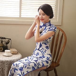 Golden Flowers - Cap Sleeve Printed Cheongsam