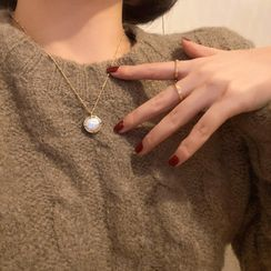 Calypso - Faux Pearl Necklace