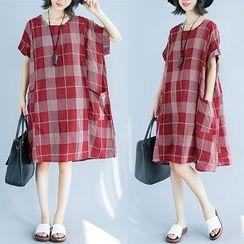 Inkblot - Plaid Short-Sleeve Shift Dress