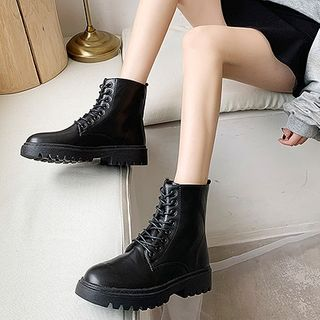 Novice - Platform Lace Up Short Boots