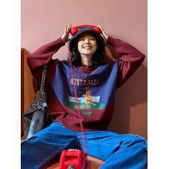 DUKA(ドゥカ) - Contrast Color Kangaroo Embroidered Sweater
