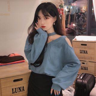Lushii - Choker Cold-Shoulder Knit Top / Ruffled Hem A-Line Mini Skirt