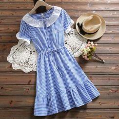 Fancy Show - Short-Sleeve Plaid Midi A-Line Dress