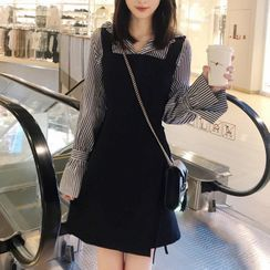KOBAT - 套装: 条纹衬衫 + 迷你背带连衣裙