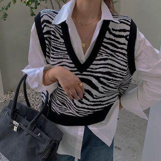 OUREA - Long-Sleeve Button-Up Shirt / Zebra Print Knit Vest