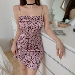 Bababy - Spaghetti Strap Leopard Print Mini Dress