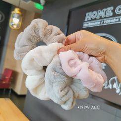 Reiro - Fluffy Scrunchie