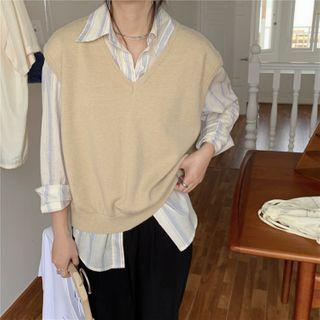 CaraMelody - Plain V-Neck Knit Vest / Long-Sleeve Striped Shirt