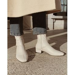 SIMPLY MOOD - Square-Toe Low-Heel Ankle Boots