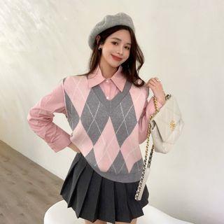 Alfie(アルフィー) - Two-Tone Knit Vest / Long-Sleeve Shirt / Pleated Skirt