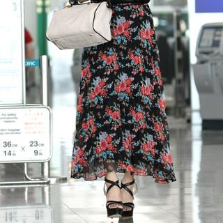 59 Seconds - Drawstring-Waist Floral Pleated Maxi Skirt