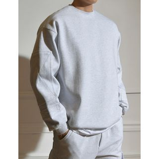 STYLEMAN - Patched-Detailed Oversized Sweatshirt