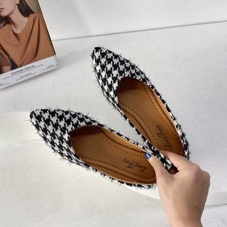 Novice(ノバイス) - Pointy-Toe Houndstooth Flats