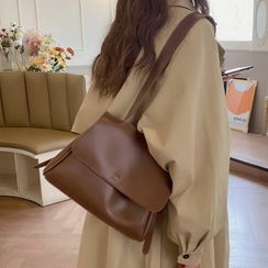 Barba(バルバ) - Faux Leather Shoulder Bag