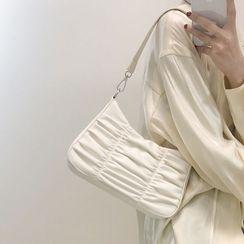 DarkDaisy - Shirred Shoulder Bag