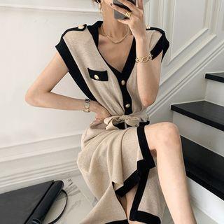 MIKIGA - Contrast-Trim V-Neck Slit Sleeveless Knit Dress