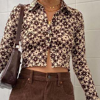 Sosana(ソサナ) - Long Sleeve Collared Printed Cropped Shirt