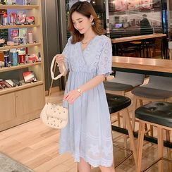 Hiccup - Maternity Short-Sleeve Chiffon A-Line Dress