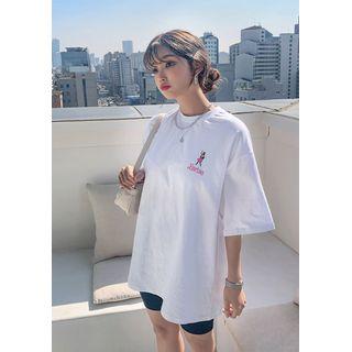 chuu - 'Barbie Diary' Doll Print T-Shirt