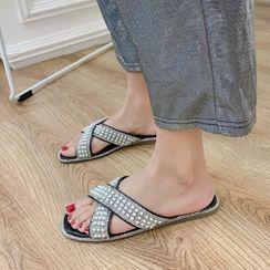 Martha(マーサ) - Embellished Slide Flat Sandals