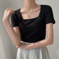 Lines & Grids(ラインズ&グリッズ) - Square-Neck Plain Cropped Top